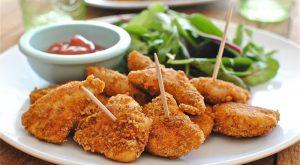 Нагетсы из курицы в овсяной панировке